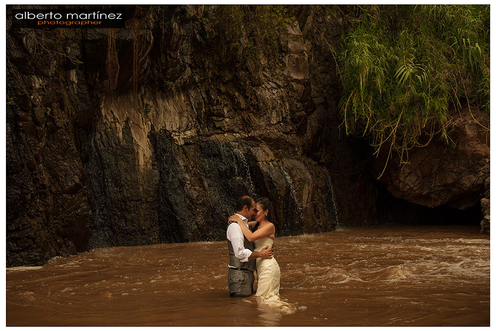 fotografo de bodas en guadalajara trash the dress